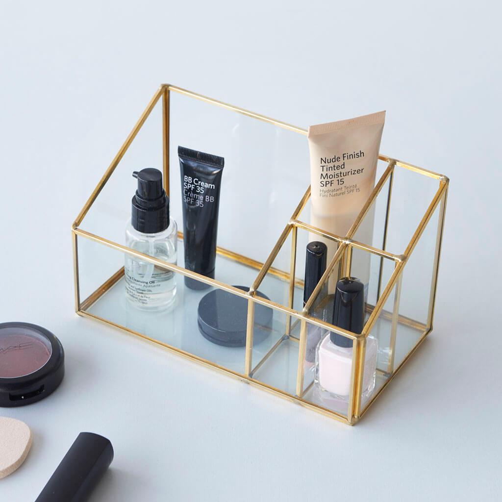 rganizador maquillaje Retro Makeup, vidrio y metal, laca de uñas, pinta labios, color transparente y