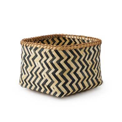 lack Velvet Studio Basket Malé Natural / Black colour Square, design in black and white zig zag Bamb