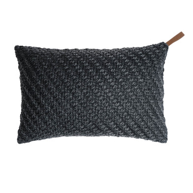 Knot cushion cover