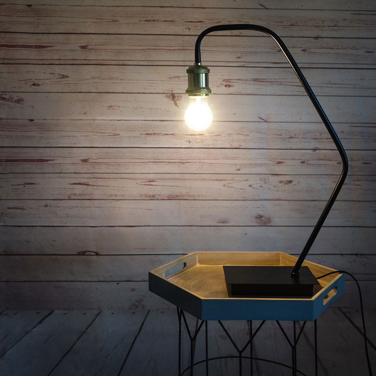 Table lamp Bulb metal, color gold and black, retro air, 54x18x13 cm