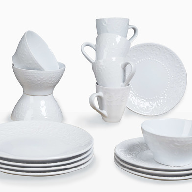 lack Velvet Studio Dinnerware set, 16 pieces Avignon White colour It engraved on white brings wealth
