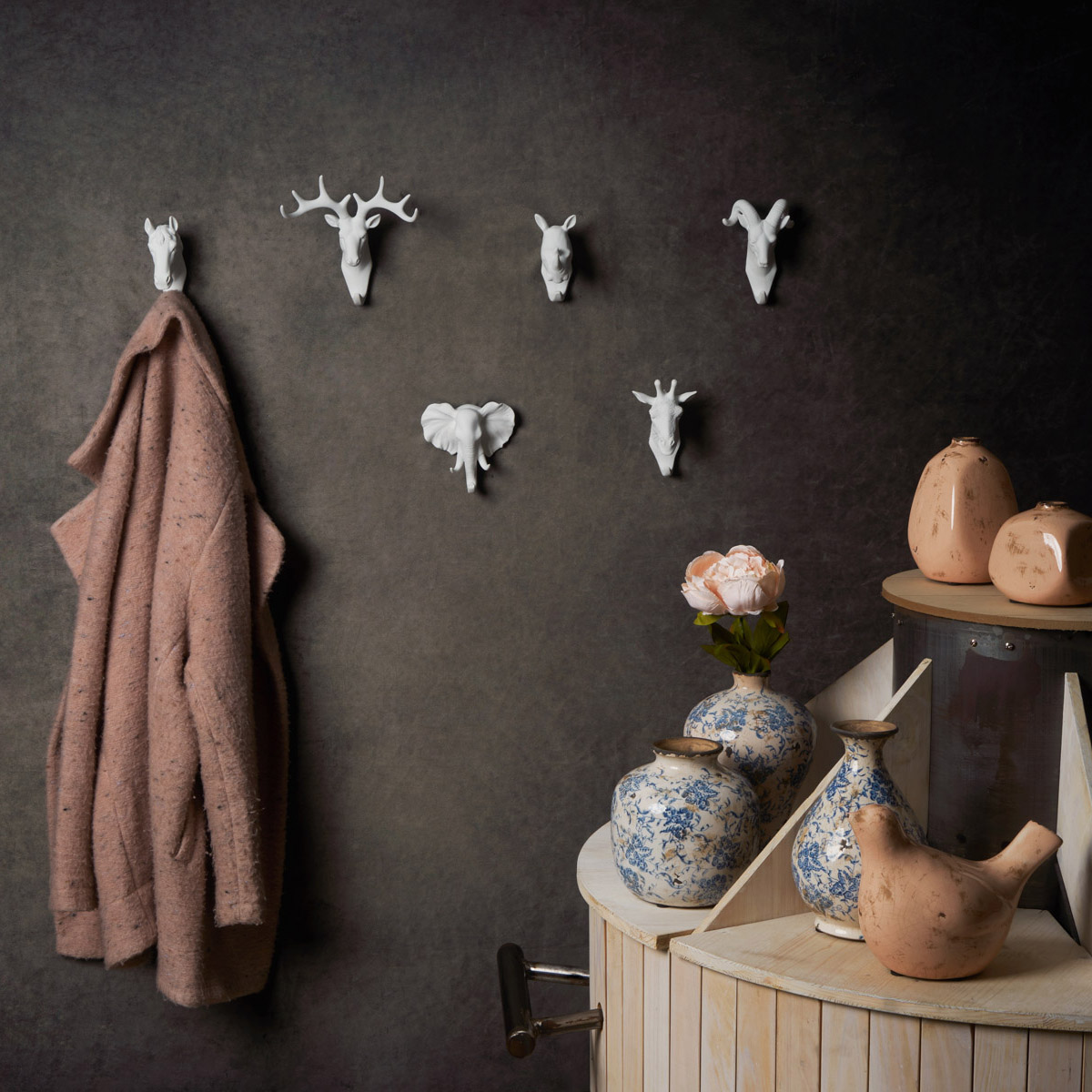 Hanger Ibex, polyresin, color White, decorative figure, 13x9x7 cm