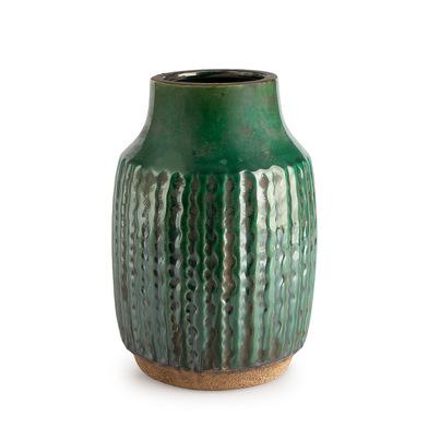 Jarrón Alpes, cerámica, color verde, grabado étnico,16x23 cm