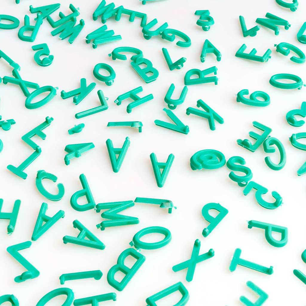 ACK Letters Letters Exchangeable Felt Board 149 + Emoji 8 + 12 + Numbers 21 Words - Alphabet Symbol